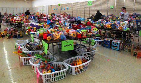 How to 'make and save money' at Naperville seasonal