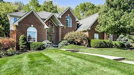 Fox Hollow Subdivision Homes for Sale | Zionsville Indiana
