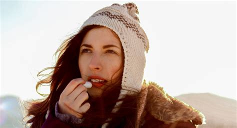 10 ways to protect your skin in cold weather | UCI Health