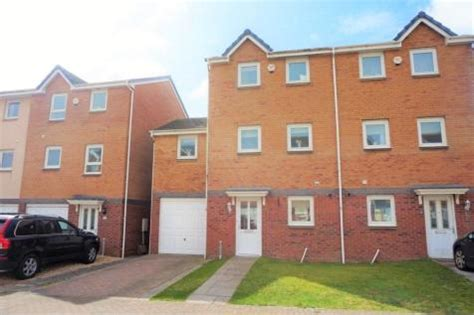 Properties For Sale in Llanelli - Flats & Houses For Sale