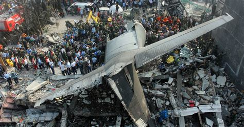 More than 100 feared dead in Indonesia plane crash