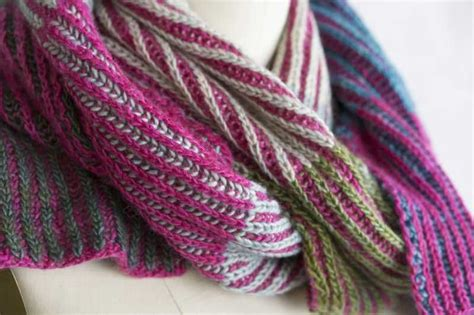 Free Knitting Pattern for a Byberry Scarf