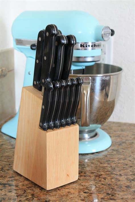 Austin Stay n Play: Upcycling Old Knife Holder
