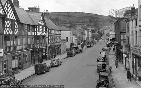 Old Historical, Nostalgic Pictures of Newtown in Powys